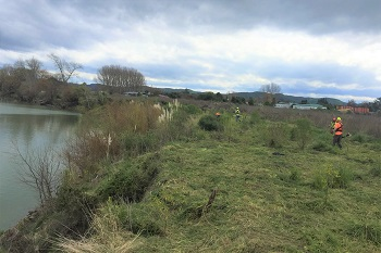 HBPM prepare the site alongside the Wairoa awa for planting2