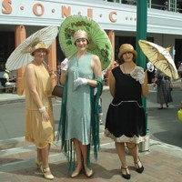 Art Deco Women