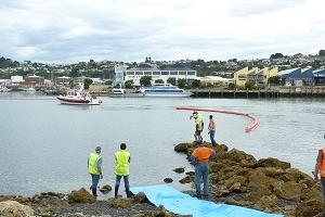 oil20spill20drill20Inner20Harbour201200212091
